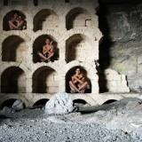 45-03 мумии. грот Шаляпина, полки под вино